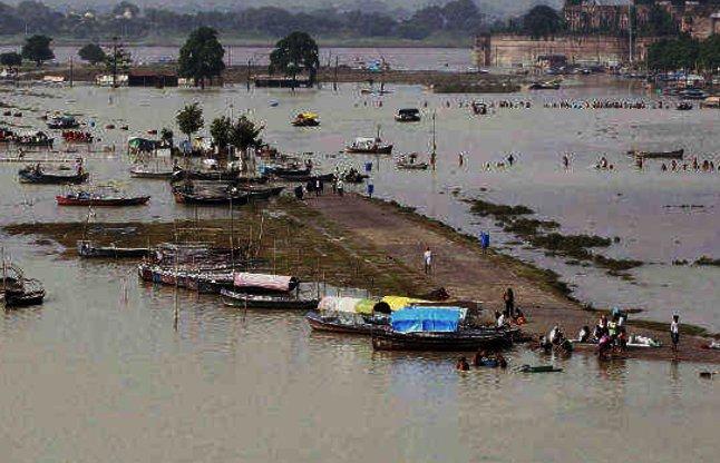 heavy rain in manipur video
