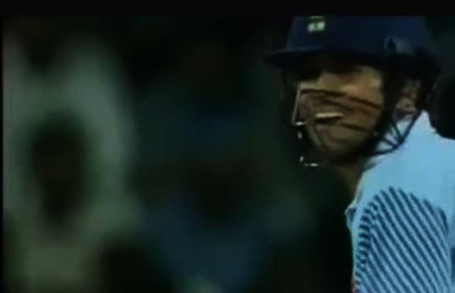 Sachin In Very Angry Mood And Took Revenge by bat video